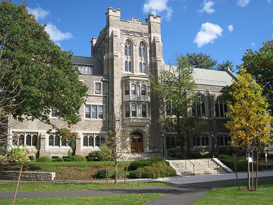 640px-Andover_Hall,_Harvard_Divinity_School_-_general_view
