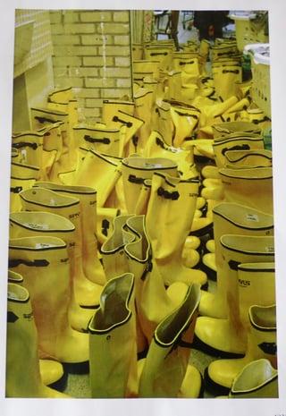 1fa48-yellowboots.jpg