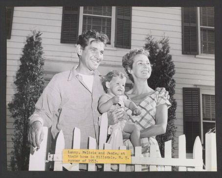 Bernstein family 1953.jpg